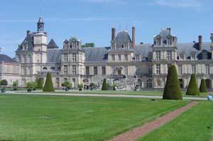 chateau-de-fontainebleau